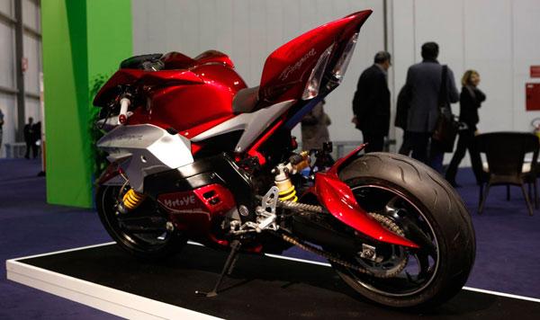 motos pisteras 600